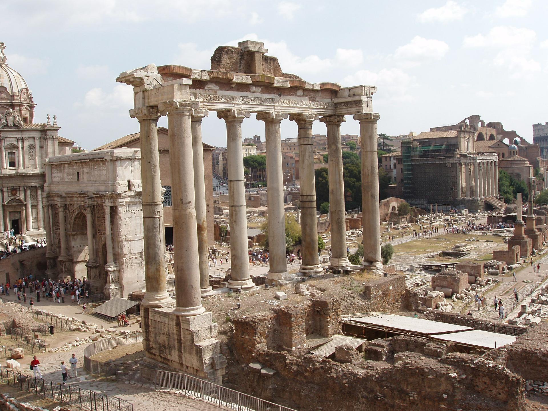 roman-forum-355068_1920